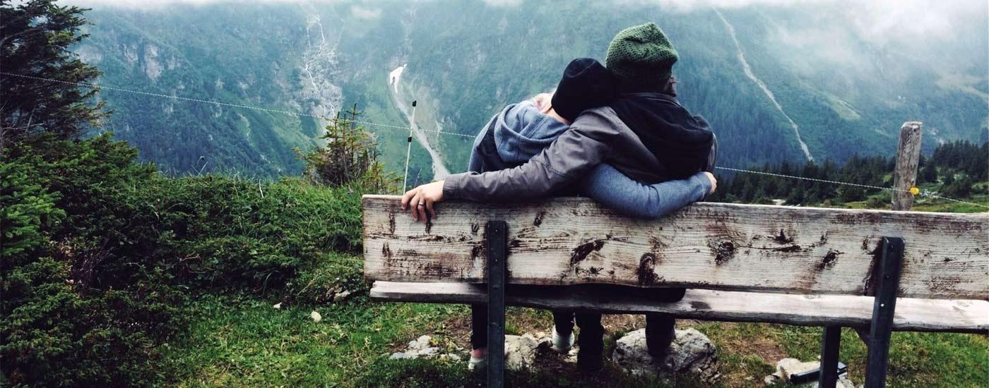 Systemische Paarherapie Paar Berge